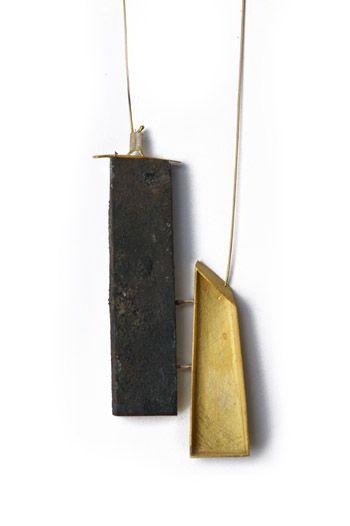 halsschmuck - claudia rinneberg - gestaltung in metall schmuck möbel skulpturen