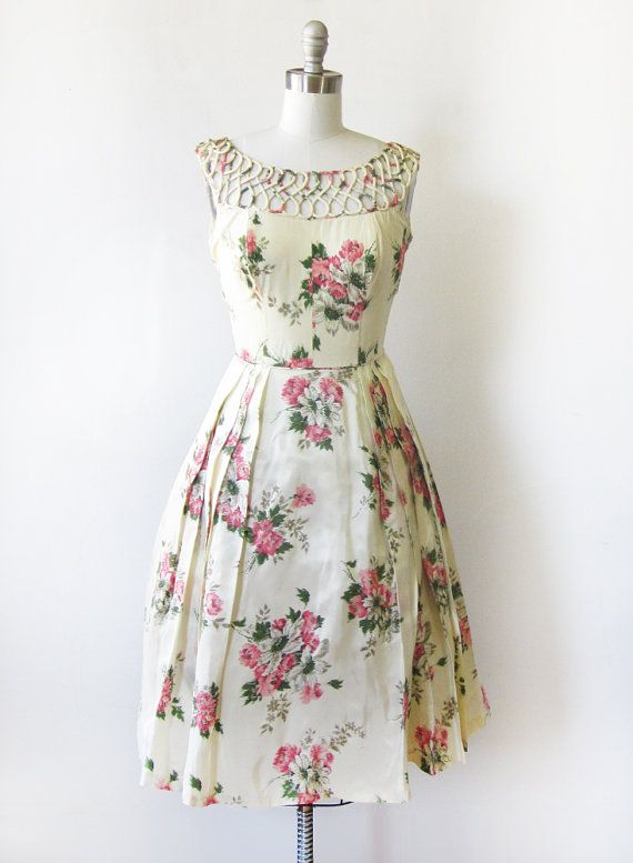 25  best ideas about Floral party dresses on Pinterest | Dinner ...