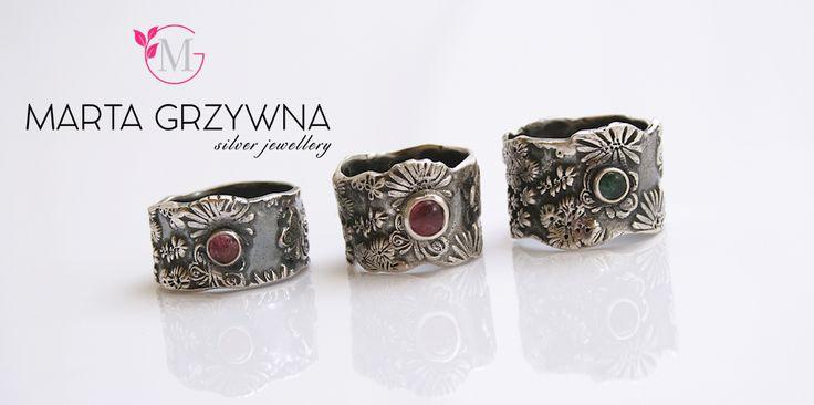 #MartaGrzywnasilverjewellery #silverrings #handmade #magical #statementjewelry  #rings Landrynkowe turmaliny w ciemnym, oksydowanym srebrze. Szerokie pierścionki wykonane ręcznie.