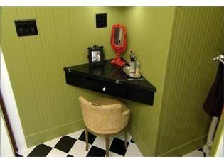 Best 25+ Corner makeup vanity ideas on Pinterest | Dressing table ...