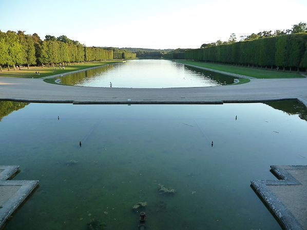 Le château de Versailles et Orange vous proposent une nouvelle manière de visiter les jardins de Versailles http://www.pariscotejardin.fr/2013/10/le-chateau-de-versailles-et-orange-vous-proposent-une-nouvelle-maniere-de-visiter-les-jardins-de-versailles/