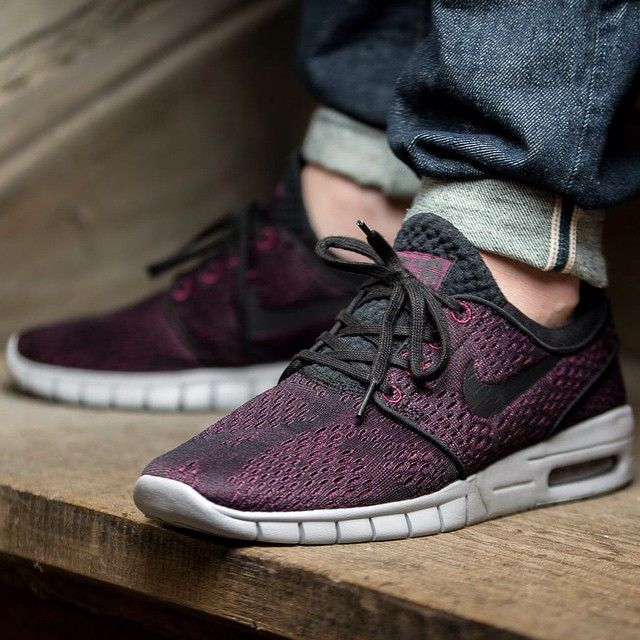 Nike SB Stefan Janoski Max (purple / black) - 43einhalb Sneaker Store Fulda