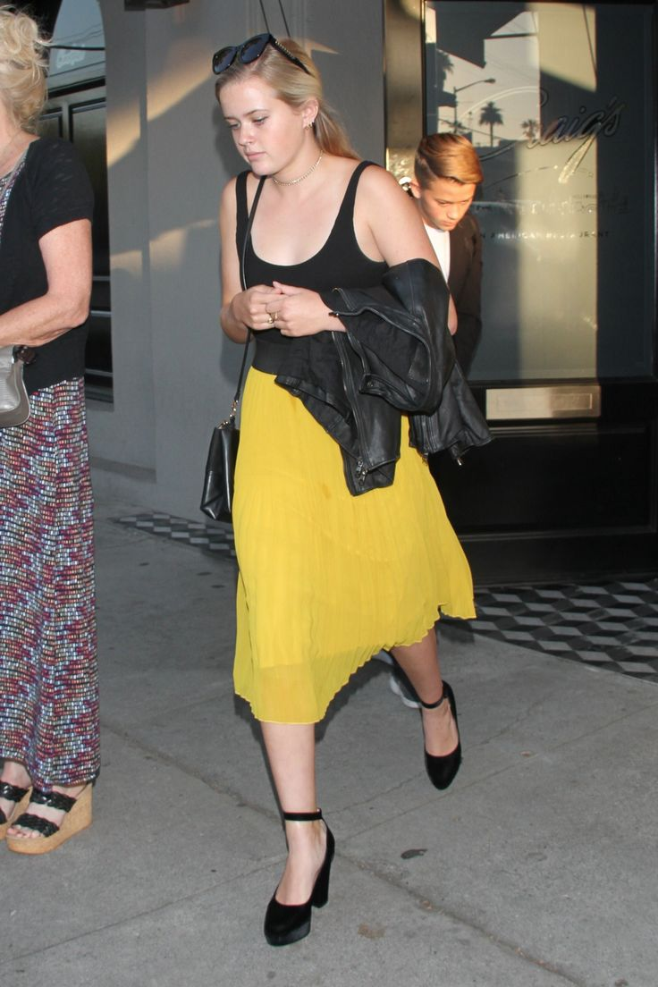 Ava Phillippe at Craig's in West Hollywood 6/18/17