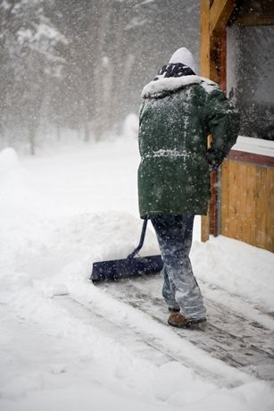 7 Great Snow Removal Tips. Make snow and ice removal easier this winter season!