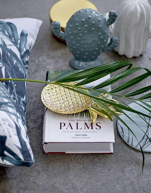 Die kleine praktische goldene Ananas: als Schmuckbehälter, Schlüsselschale oder einfach nur als Deko!    9 x 19 cm
