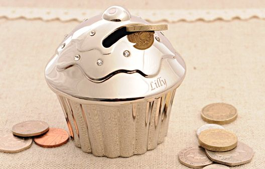 Engrave this beautiful silver money box for a truly personal keepsake.  With pretty diamantes sprinkled on top, this little cupcake money box is sure to brighten up any girl's room. A money box is the perfect way to encourage a little one to save money and this one in particular would be perfect for births and christenings. #baby #babygifts #gift