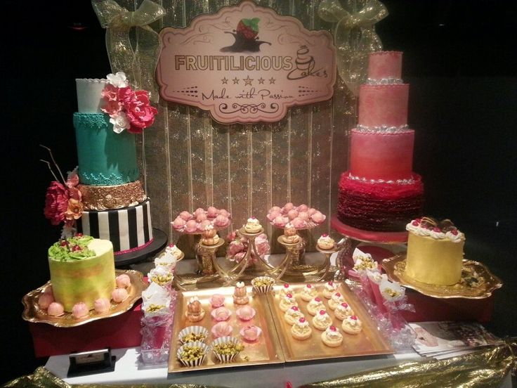 Sugar Rush event with @WeddingPlanMag display of #FruitiliciousCakes