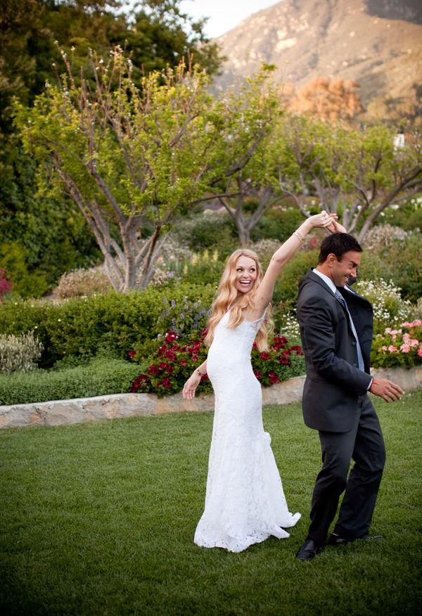 Best 25 pregnant wedding ideas on pinterest wedding for Best wedding dresses for pregnant brides