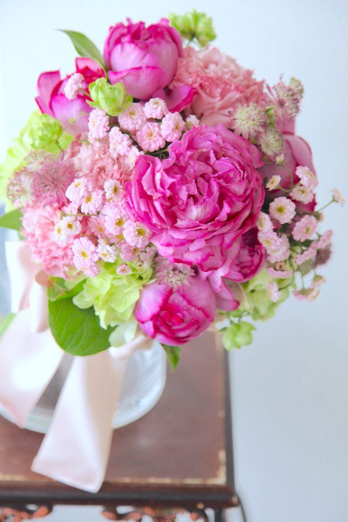 イブピアッチェ/トルコキキョウ/花どうらく/ブーケ/http://www.hanadouraku.com/bouquet/wedding/
