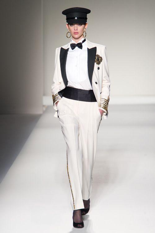 モスキーノ(MOSCHINO)2011-12年秋冬コレクション Gallery10 - ファッションプレス