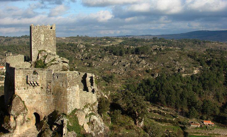 Castelo de Sortelha, Portugal. Photo (cc) Pedro Dias.