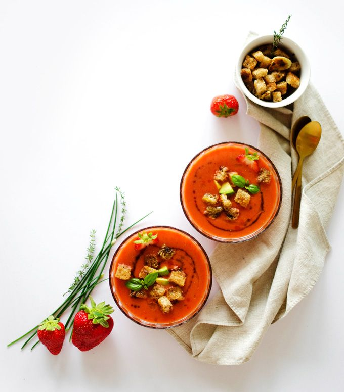 Roasted Red Pepper and Strawberry Gazpacho Soup + Video