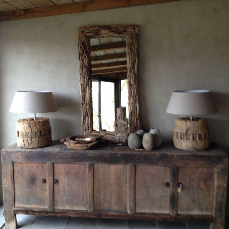 Stoere robuust houten lamp inclusief linnen kap