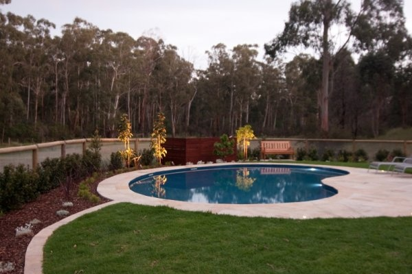 Kidney pool in Doncaster East designed and built by Albatross Pools