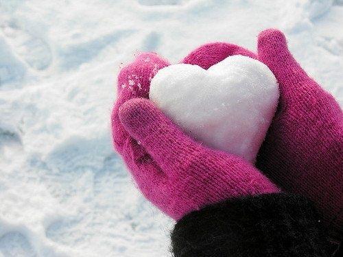 Une bataille de balles de neige en forme de coeur? Pourquoi pas! ©Psycf