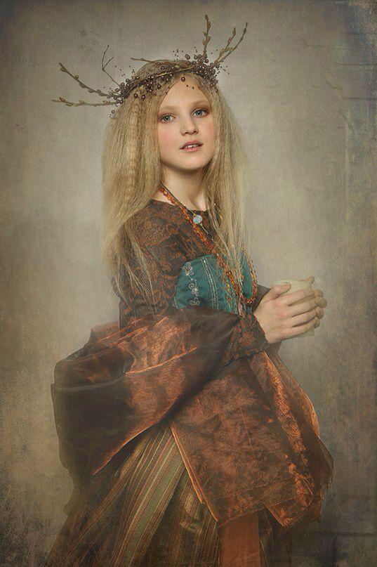 Портрет девушка лесная фея венок сказка