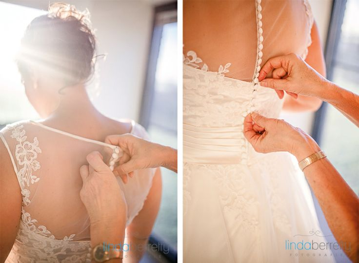 Bruidsfotografie LindaBerretty aankleden bruid #bruidsfotograaf #bruidsfotografie