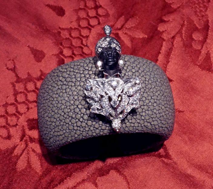 Prestige Bracelet with venetian blackamoor in 18 kt white gold and diamonds - Dogale Jewellery Venice Italy