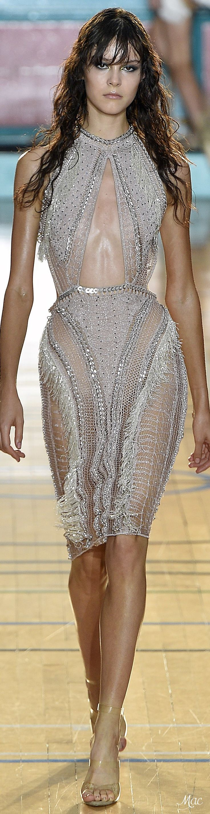 Spring 2017 Ready-to-Wear Julien Macdonald