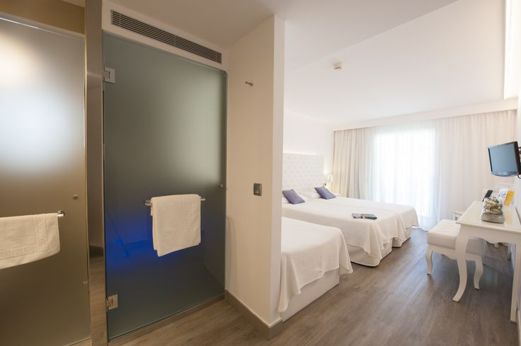Superior Room with 3 beds