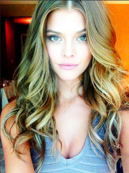Nina Agdel perfect hair.
