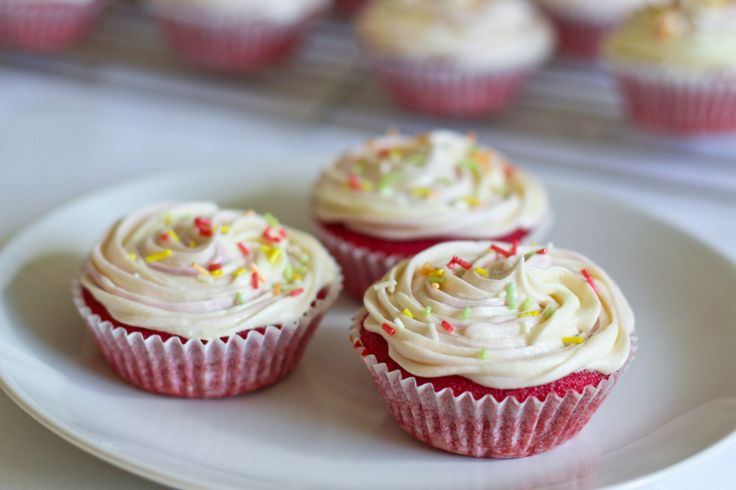 Yes that's what I said beetroot in a cupcake. Now I know what you're thinking, weird right? Well no, the beetroot in these cupcakes makes them really moist (like in carrot cake) and colours them a ...