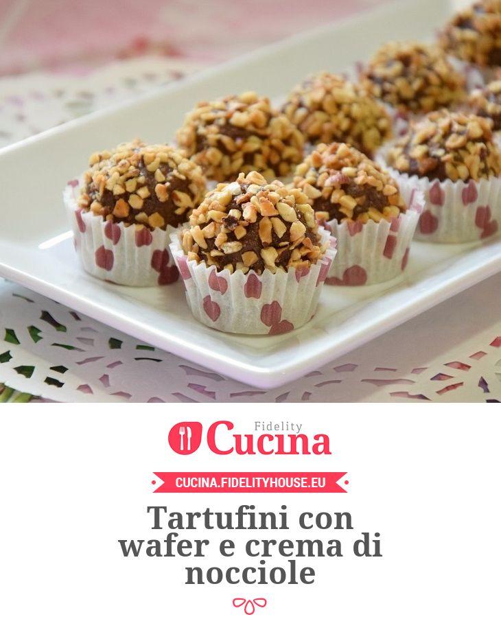 Tartufini con wafer e crema di nocciole della nostra utente Stefania. Unisciti alla nostra Community ed invia le tue ricette!