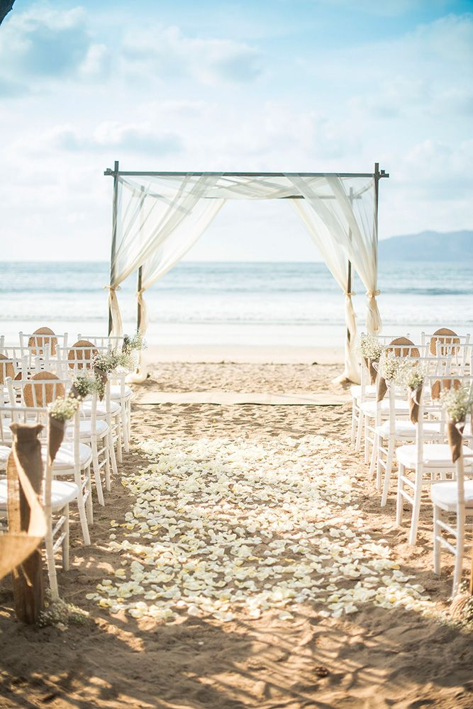 Langosta In Guanacaste Is One Of The Nicest Beaches For Your Wedding Location