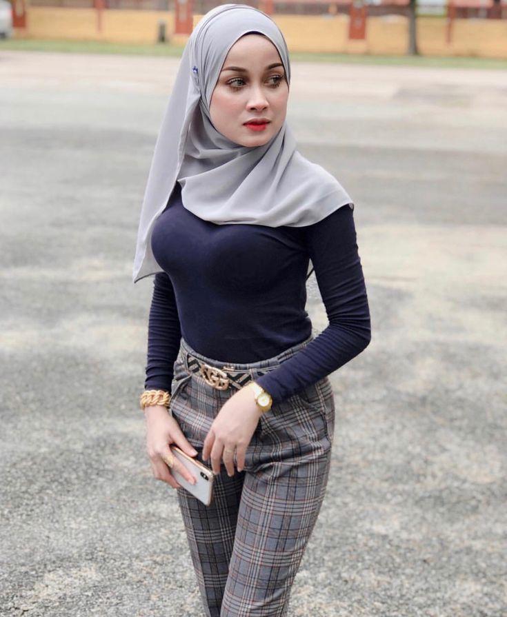 Fashion Hijab By Fajar Rudin  Arab Girls Hijab, Muslim Women Hijab, Girl Hijab-1725