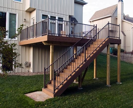 Build Wood Deck Stairs And Landing: Weathered Wood EverGrain Deck With Bronze Westbury