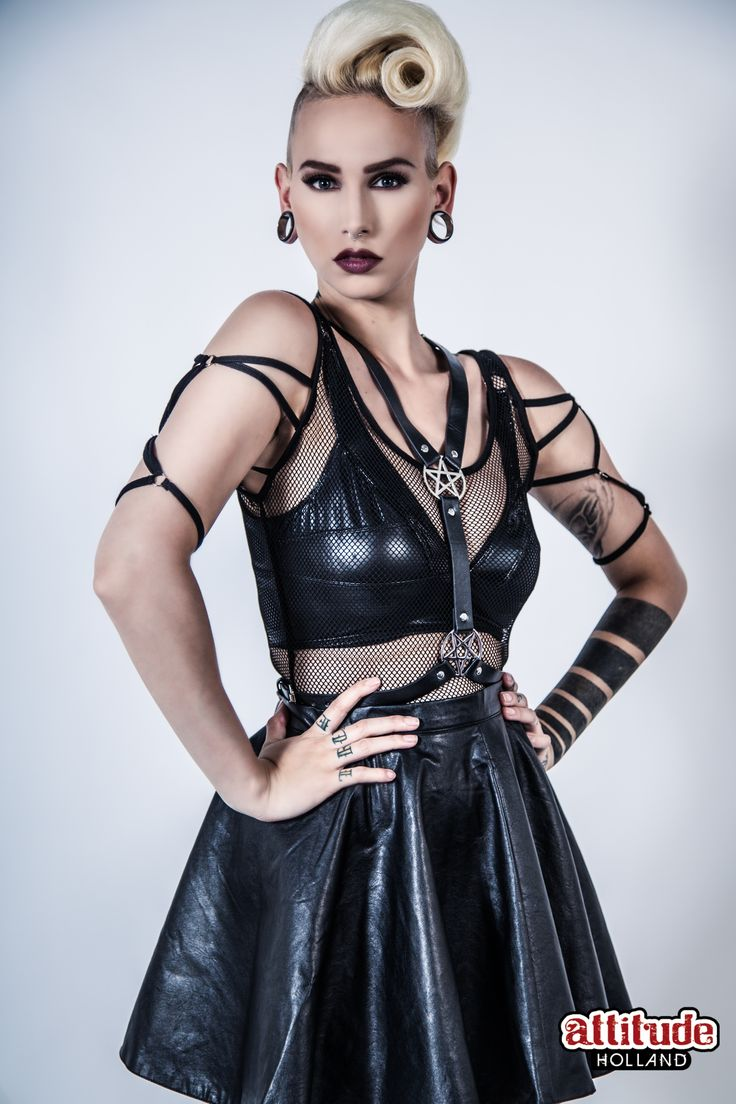 Can't have a goth summer without some sexy harnesses, musthave! #killstar #goth #fashion #pentagram #witch