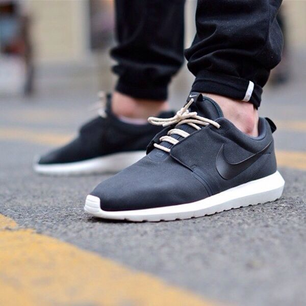 Wow these are some clean and sophisticated-looking sneakers