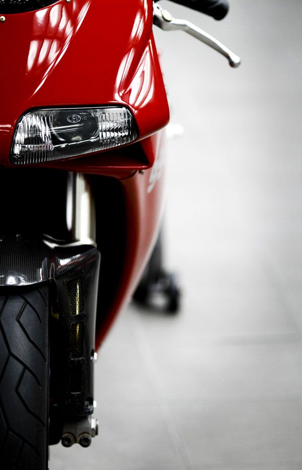 ducati 996, the true legend of superbikes !