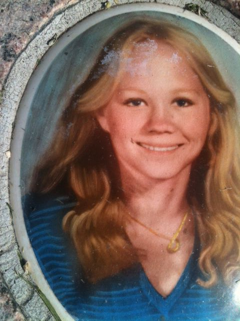 On June 21, 1980, Suzanne Bombardier went missing from Antioch, California. On June 27th, her nude body was found in the San Joaquin river. She died from one stab wound to the heart. Police said they still have evidence in this case. In Dec 2017, they announced Mitchell Lynn Bacom, an original suspect, will be charged with murdering Suzanne Bombardier. He is held on charges of murder, kidnapping, rape and oral copulation.