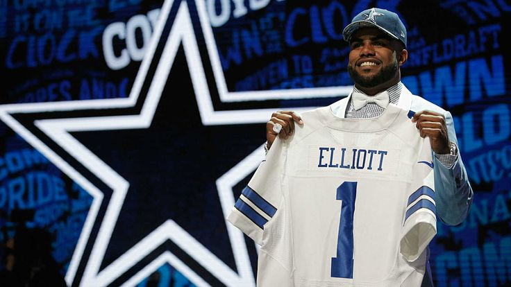 It took some time, but 4 of the newest Dallas Cowboys rookies have signed their first deal with the team. Ezekiel Elliott, Anthony Brown, Kavon Frazier, and Darius Jackson are all now under contract and ready for what lies ahead in the 2016 season and beyond! Dallas Cowboys on Twitter It s official! Welcome to the Cowboys @EzekielElliott!pic.twitter.com/sNeaXNzUoX Dallas Cowboys on Twitter Welcome to the Cowboys @nino9brown!pic.twitter.com/ySmz5R