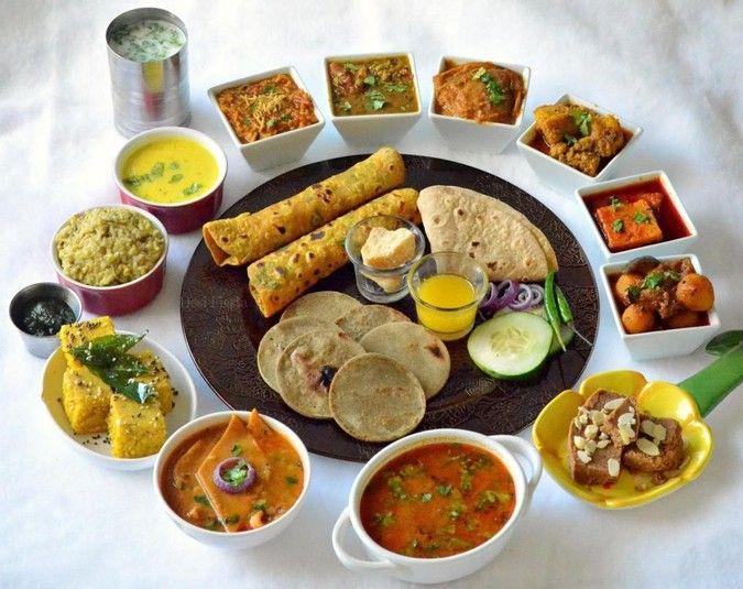 What is the third biggest city of Gujarat in  India? Vadodara. What is the station that offers a fine e-catering service to  train travelers? Vadodara Junction. After Ahmedabad and Surat, Vadodara is  making headlines for giving its train travelers a memorable experience in  meals.