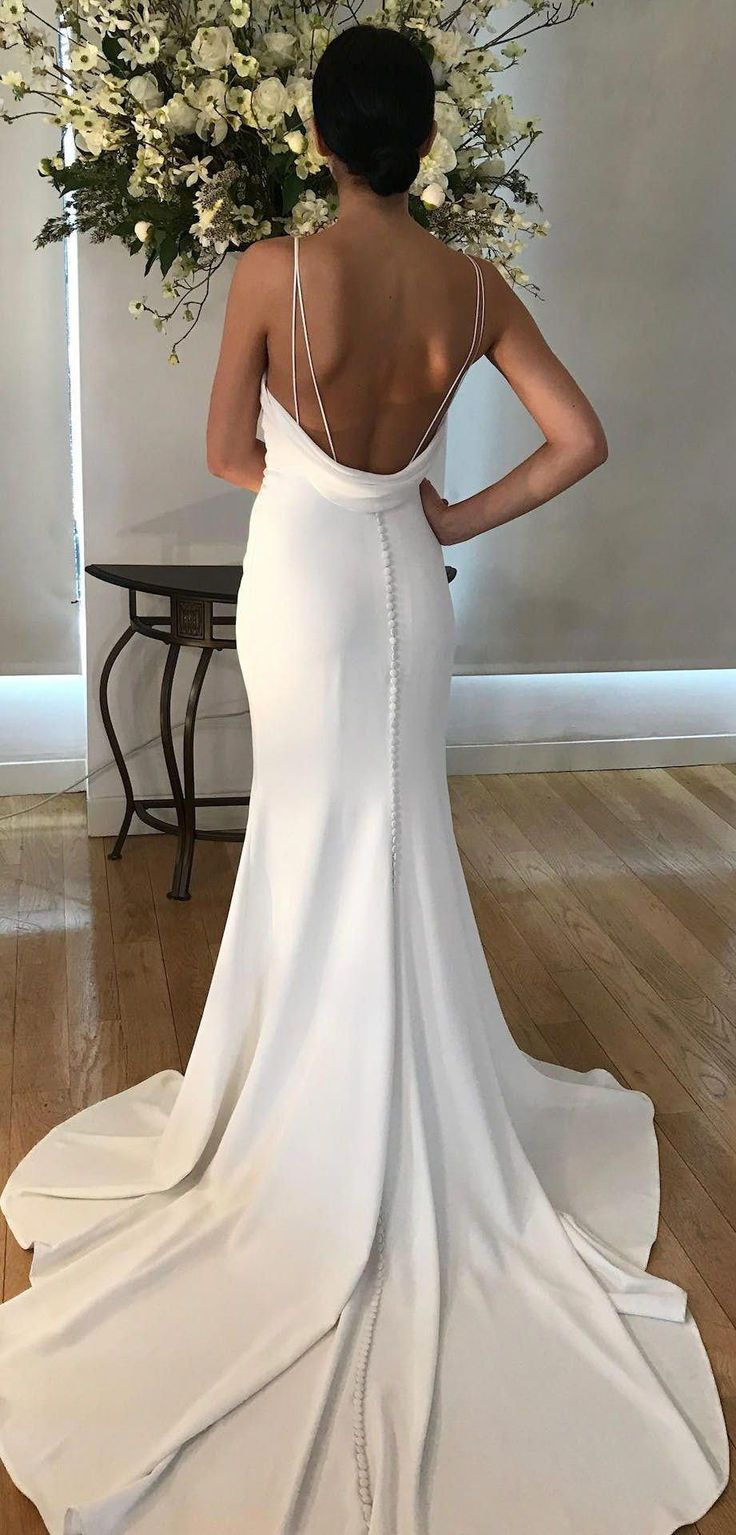 Tamora wedding dress by Kelly Faetanini Fitted crepe fit