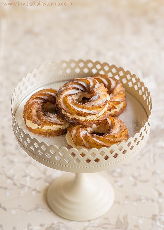 Receta tradicional de galos, rosquillas de San Isidro de masa choux, típicas de las fiestas del patrón de Madrid, con fotos paso a paso y consejos