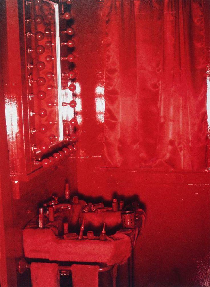 Lipstick bathroom womanhouse debauchery pinterest for Judy chicago menstruation bathroom