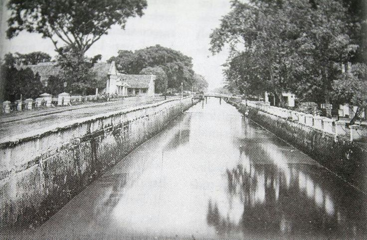 Molenvliet Oost & West  .. Jl Gajah mada & Hayam wuruk