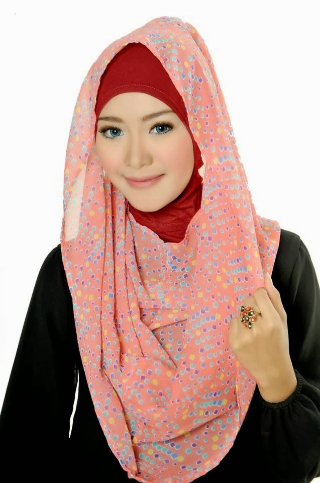 D'style Hijab menghadirkan Hijab fashion style motif Floral. Hijab Instant modern yang cantik ^_^ CHIFFON PRINTED PEAFOWL Type : Flip Back, Inner Exclude Material : Chiffon Price : IDR 65.000 Code : CPP-PEACH Order : Pin BB 2A26B0A1 SMS 0823 1872 8888  KOLEKSI LENGKAP:  - http://pusatjilbabinstant.blogspot.com/ - https://www.facebook.com/pages/Pusat-Busana-Muslim-Modern-from-Dstyle-Group/519033388138429  Happy Shopping Thank You ^_^