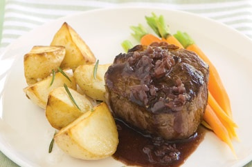 Red wine sauce - Serve this tasty red wine sauce with roast meat.