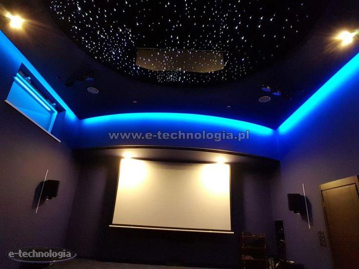 Taśma LED RGB jest bardzo nowoczesnym elastycznym paskiem składającym się z modułów LED. Montaż taśmy LED jest bardzo prosty i szybki. Podłączenie taśmy LED RGB nie stanowi problemu. Taśma LED RGB to taśma zmieniająca kolory.