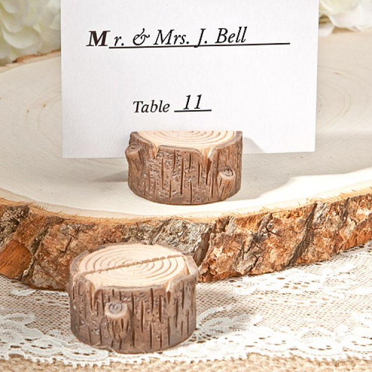 tafeldecoratie bruiloft - Google zoeken Makkelijk zelf te maken met takken en een gleufje zagen.