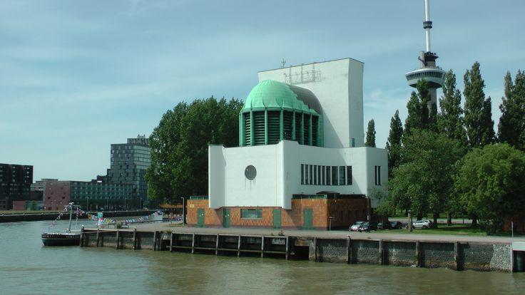 Maastunnel_Rotterdam.JPG (4864×2736)