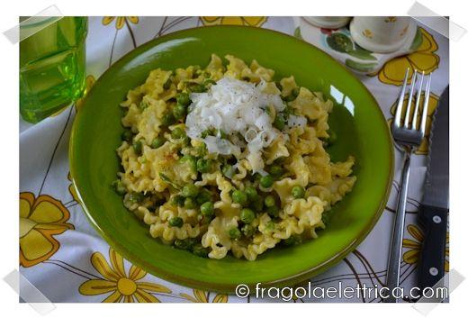 PASTA PISELLI E UOVA fragolaelettrica.com Le ricette di Ennio Zaccariello #Ricetta