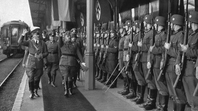 Adolf-Hitler-y-Francisco-Franco-en-Hendaya-durante-la-Segunda-Guerra-Mundial..jpg (643×362)