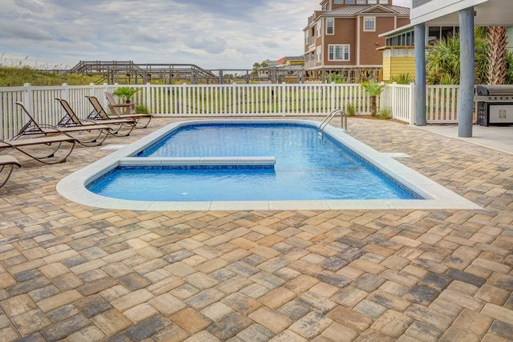 Ask the right questions to your pool builder to install a pool with top-grade materials