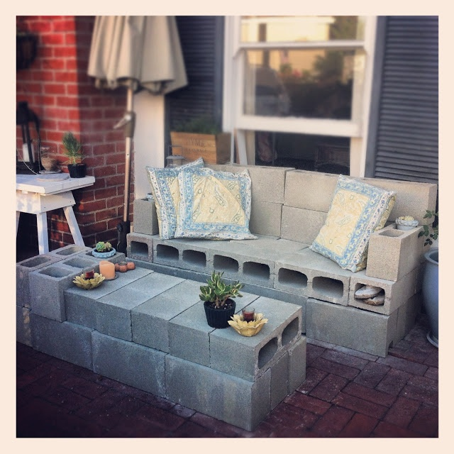 A Sitting Area For The Front Yard Diy Pinterest