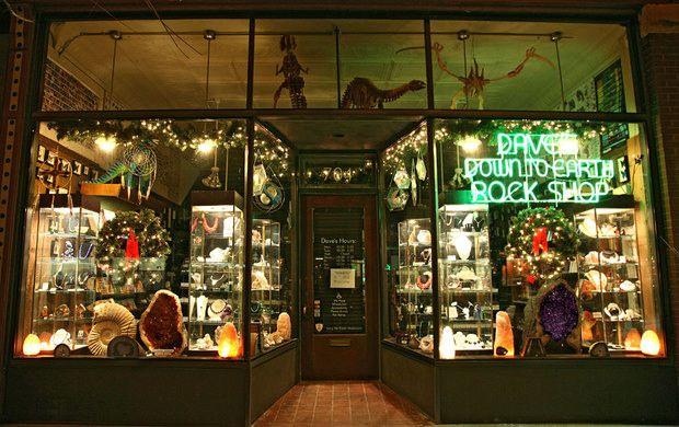 best 25 dinosaur museum ideas on pinterest dinosaur museum near me dinosaur baby clothes and. Black Bedroom Furniture Sets. Home Design Ideas